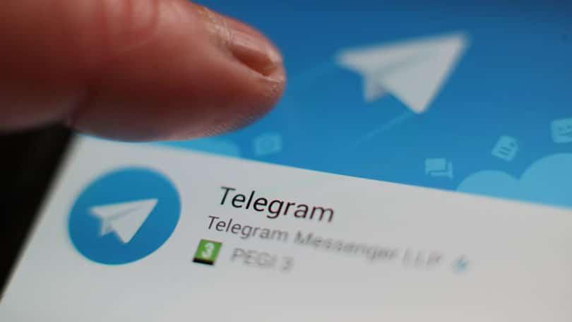 humanização de projetos no photoshop logo telegram